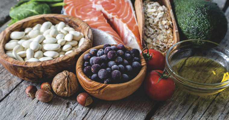 Foodsto eat to help prevent or limit memory care issues